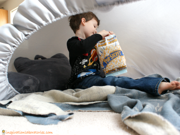 Your kids will love this awesome air fort and you'll love how easy it is. Sponsored by #PopSecretForts