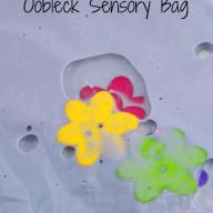 Color Mixing Oobleck Sensory Bag