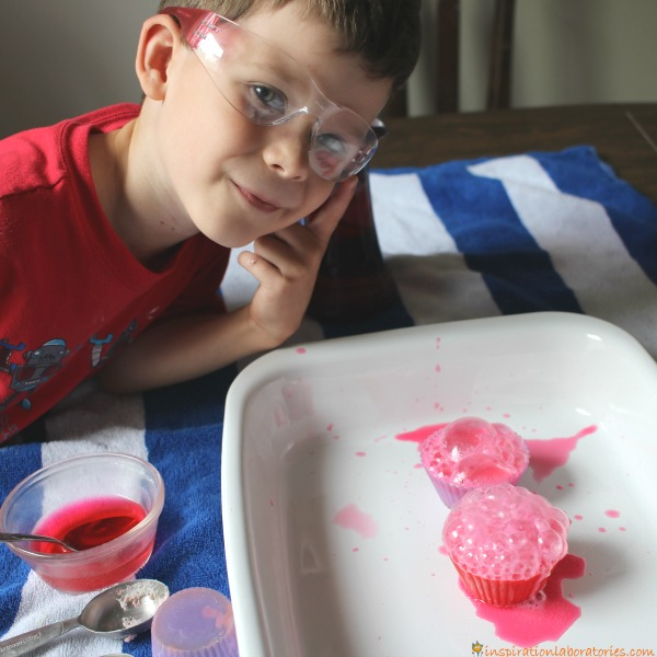 Set up a simple science experiment to test what combination of ingredients makes the best fizzing pinkalicious cupcakes.