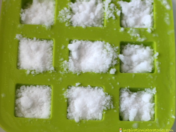Add a little chemistry to your snow. Fizzy snow is a fun sensory science exploration that kids will love.