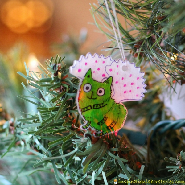 Caterfly ornament - Make Shrinky Dink ornaments for your favorite book characters. Free Zoey and Sassafras printable template available.